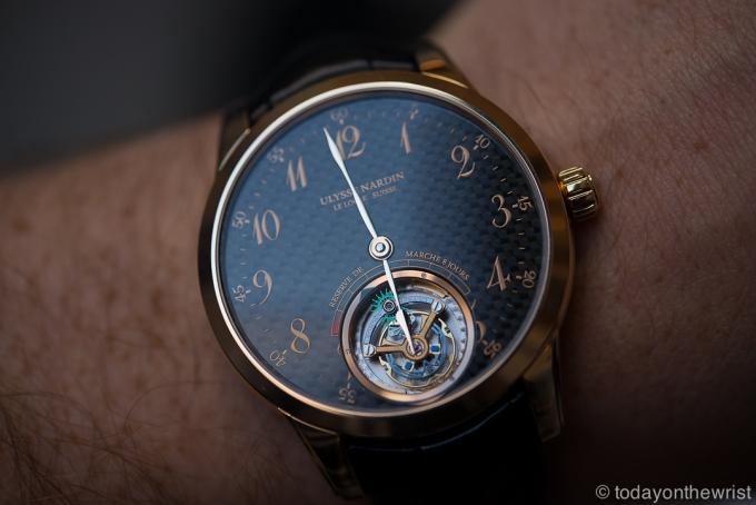 Купить часы Ulysse Nardin - Ulysse Anchor Tourbillon с карбоновым циферблатом.